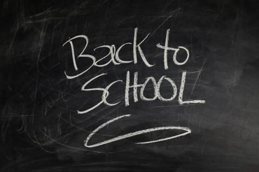 Tra qualche giorno si torna a scuola: come aiutare i più piccoli ad abituarsi alla scuola primaria dopo il nido?