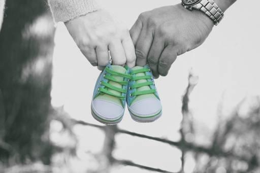 Un libro che parla di maternità: il primo romanzo di Giada Sundas è in libreria